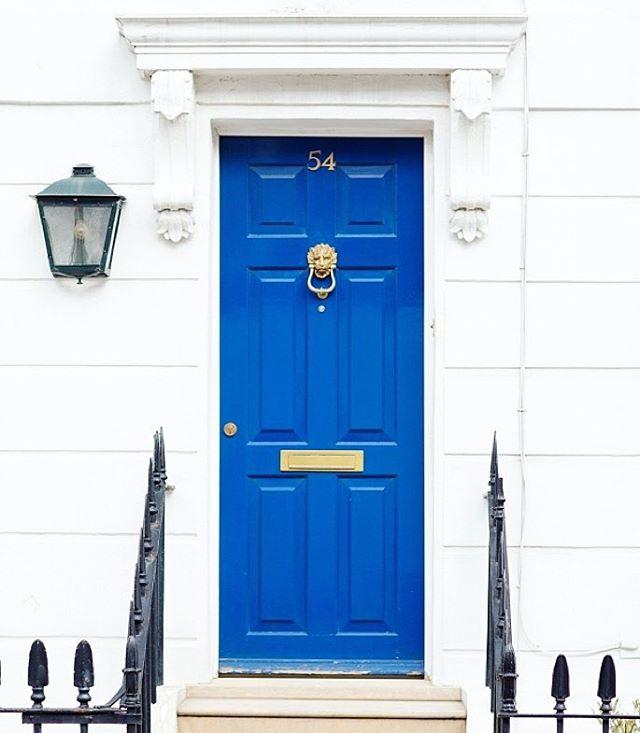 Puertas-de-colores-tendencias-en-decoracion-2018.jpg