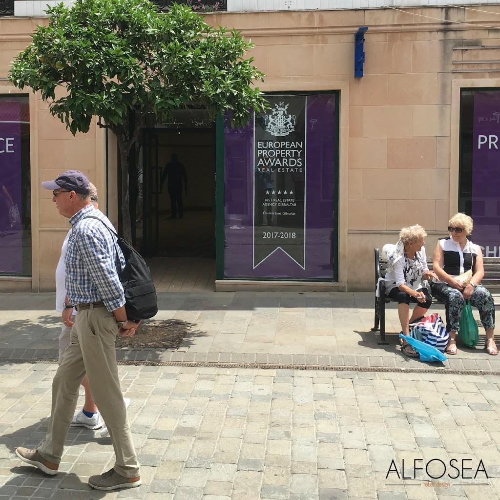 alfosea_retaildesign_dise-25C3-25B1odeinteriores_interiorismo_elche_maisonbeautique_gibraltar_perfumeria.jpg